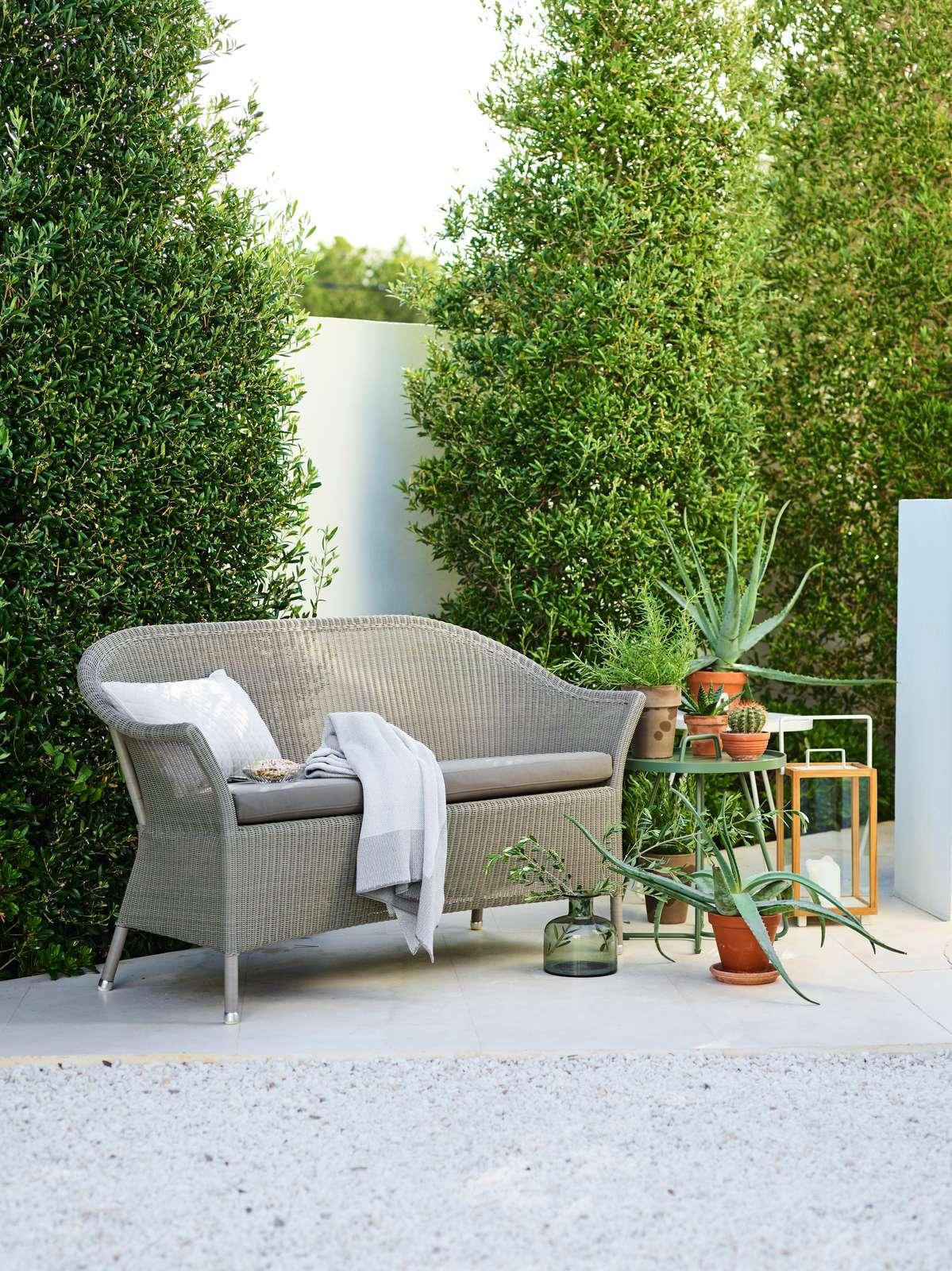 Lansing-sofa-taupe
