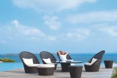 Kingston-sunchair-lounge-by-pool