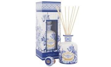 2 2304 PC GoldBlue 250mL diffuser A 360x216 - Difuuser Castelbel - Gold & Blue 250ml