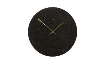 130501 360x216 - Настенные часы чёрные